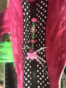 Recessed Zipper panel for top of bag, with beaded pull
